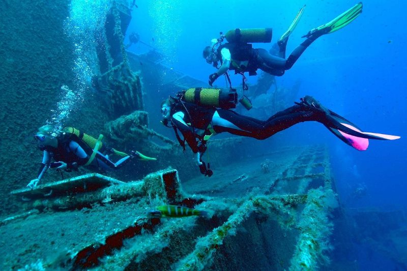 Kish Scuba Diving Photo