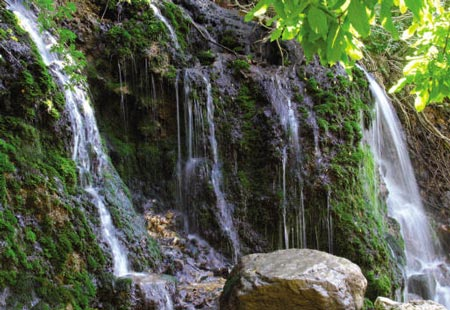 Akhlamad waterfall in Mashhad