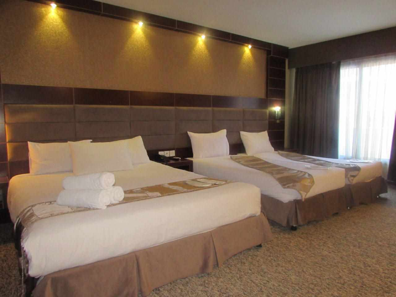 Pictures of Aramis Kish Hotel